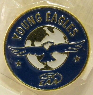 EAA Experimental Aircraft Association Young Eagles Lapel Vest Hat Pin NIP