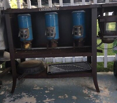 Antique New Perfection 133 Kerosene 3 Burner Cook Stove