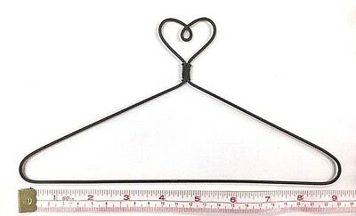"6X  Wire Quilt Hanger  9"" x 5-1/8"" High  ""Heart on Top "" Theme"