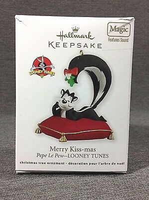 Hallmark Keepsake Ornament Looney Tunes Pepe Le Pew Merry Kiss-mas Magic Sound