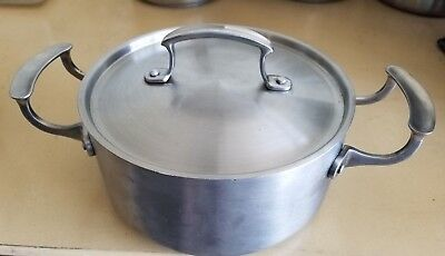 Vollrath 3 qt Stainless Steel Pot with Low Dome Cover - 7