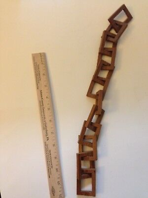 "Folk Art Wood Carving - 16-1/2"" One-Piece Chain"