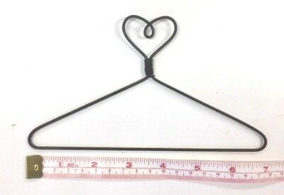 "6X  Wire Quilt Hanger  7"" x 4"" High  ""Heart on Top"" Theme"