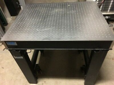 TMC MICRO-G 63-533 Vibration Isolation Pneumatic Table 4.5in thick Magnetic Top