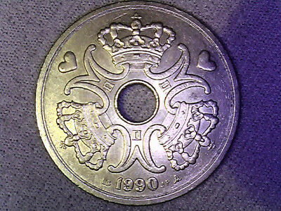 1990 DENMARK  5 KRONER Circulated Large Coin in very nice Condition