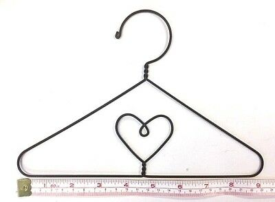 "6X  Wire Quilt Hanger  9"" x 6"" High  ""Heart in Centre"" Theme"