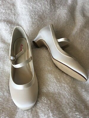 Rainbow Ivory Satin Shoes Size 3 Girls