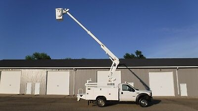 2006 Ford F450 40' Bucket Boom Truck Service Utility 88K Miles! Under CDL!