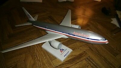 Skymarks American Airlines B777-200, 1/200 scale No Box
