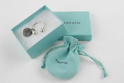 TIFFANY & CO. Stamped .925 STERLING SILVER Keyring w/Original Pouch & Box 21g