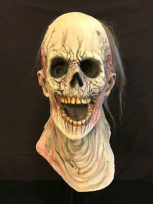 Mourning Sickness by Fearscape Studios. Hand Painted. RARE! Collector's Mask