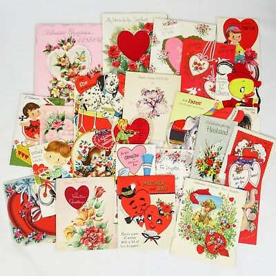 Lot of 25 vintage Valentine greeting cards from the 1950s