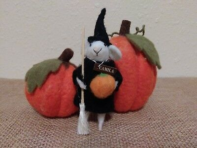 Set of 3 Wool Felted Pumpkins and Witchy Mouse Halloween Decor