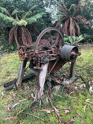 ANTIQUE - No. 2 - CLIFF AND BUNTING STATIONARY CHAFF CUTTER