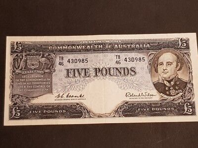 COMMONWEALTH of AUSTRALIA - FIVE POUNDS NOTE - Signed by Coombs & Wilson