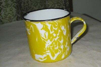 857Th-1 Granite Enamel Ware Yellow And White Swirl Cup
