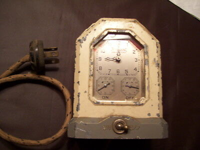 Vintage 1920s HOTPOINT TM7 Automatic Kitchen Range Stove Electric Clock Timer