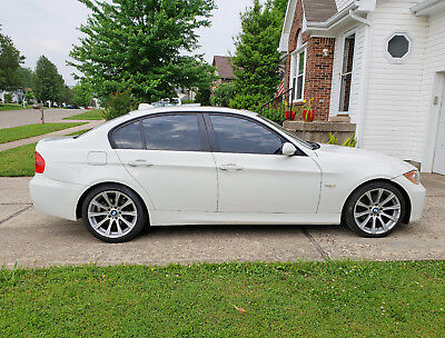 "2008 BMW 3-Series  2008 BMW 3-series 328i White with Saddle Brown Interior 18"" M5 Rims"