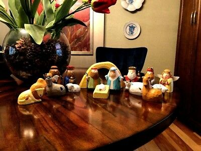 Vintage Nativity Scene Handcarved Wooden Figurines, Christmas, 17 Pieces. Animal