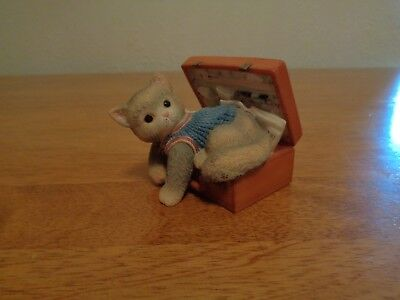 "Enesco Calico Kittens - ""A Hug-A-Day Packs Your Troubles Away"" Figurine"