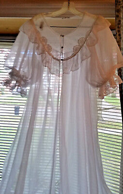 Vintage*miss Elaine*bridal Negligee/robe* White* Small/med* Union Made*