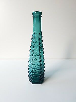 Very Nice 1880s Teal Spiral Ribbed Stickney & Poor Peppersauce Bottle