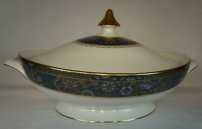 ROYAL DOULTON china CARLYLE pattern Oval Covered Vegetable Serving Bowl & Lid