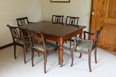 Dining table with 6 Chairs, Victorian extending mahogany table