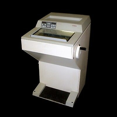 Microm HM 505 E Upright Standing Electronic Microtome Cryostat
