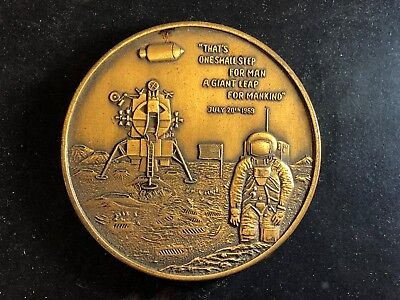 NASA Astronaut Apollo 11 Grumman LEM Lander Moon Bronze Medallion Coin Medal