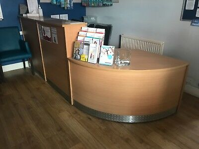 Reception Desk in VERY GOOD Used Condition