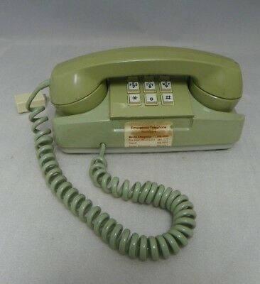Vintage 1973 GTE AE Starlite Push Button Phone Avocado Green ~ Gets Dial Tone