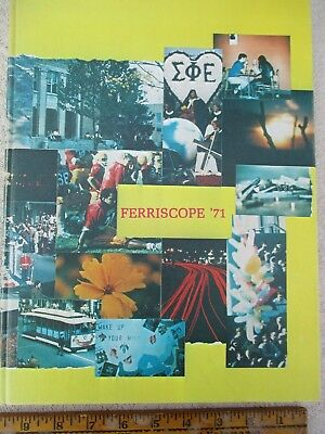 Ferris State College - Ferriscope 1971 Yearbook  Very Cool, Groovy!  Near Mint.