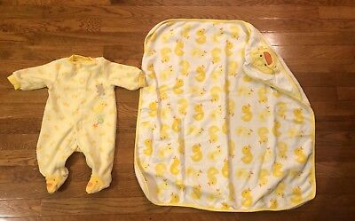 Baby Yellow Duck Cotton Pajamas Pjs Sleeper & Towel Carter's  Small 0-3 Months