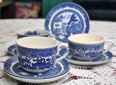 Oriental Blue Willow cups & saucers lot mixed makers Johnson Brothers JAPAN 8 pc