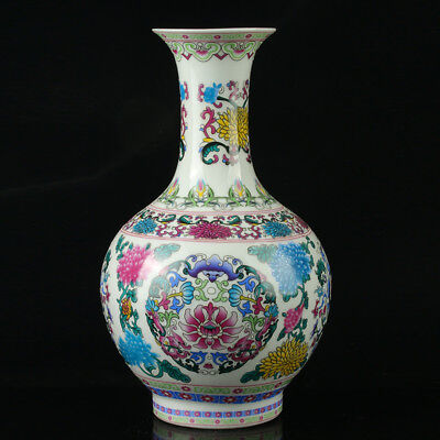 China Colorful Porcelain Hand-Painted Flowers Vase As The Qianlong PeriodR1038+a