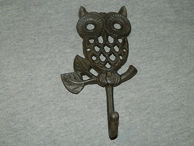 "Adorable 7 1/2"" Rustic Cast Iron Owl Wall Mounted Coat Towel Key Hook ~NEW"
