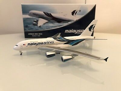 Herpa Wings / Lupa Model Malaysia Airlines a380-800 1/500 Very Rare