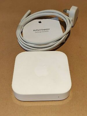 Apple AirPort Express 2nd Generation 600 Mbps 10/100 Wireless N Router. White.