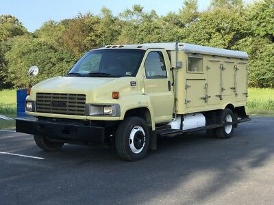 2009 GMC Other  2009 GMC C5500 REFRIGERATED TRUCK PROPANE FUEL