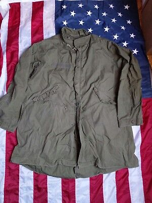 Orig. US Army M65 Fishtail Parka  Extreme Cold Weather  Large  Dated 1980 Top **