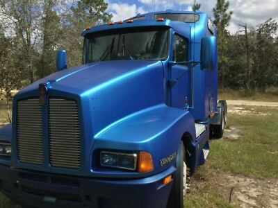 KENWORTH T600 CAT C-15 pre-Emissions. Eaton 13 speed