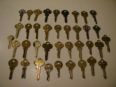 Lot of 38 Cut Vintage Brass Keys.  Check description.