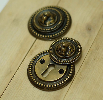Lot of 2 pcs Vintage Dog Doggy Face Round Antique Brass Key Hole Plate Cover