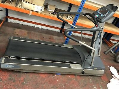 Pulse Fitness Ascent Motorised Treadmill   Commercial Gym Equipment