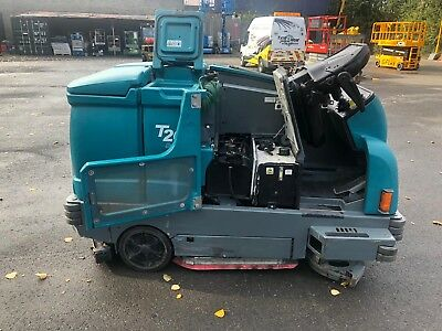 Ride On Tennant T20 Scrubber Drier/Sweeper Diesel Kabuto Driven Road Sweeper
