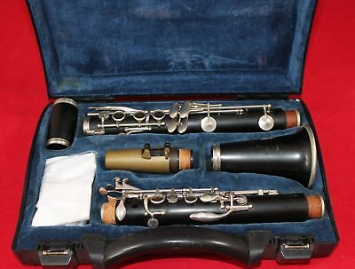 B&H Edgware Wooden Clarinet, 6 month guarantee and serviced to playing order