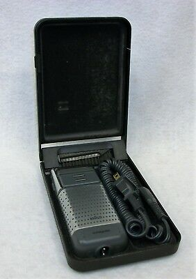 Vintage Braun Rechargeable Electric Shaver with Case