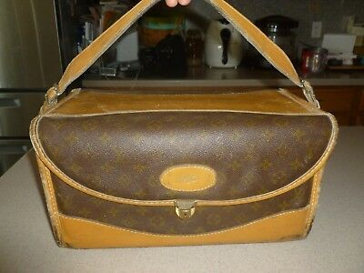 6b02b276a646 Vintage Louis Vuitton Train Case Travel Bag French Company Carry On Suitcase