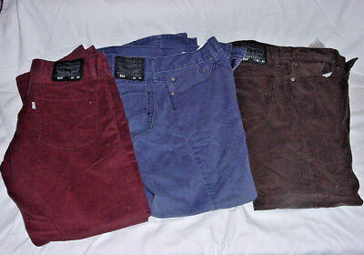 Mens Levis 514  32 X 30 Lot Of Three Pairs Grey Blue Burgandy Nice Condition